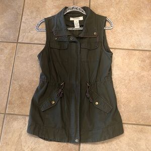 Army green canvas vest